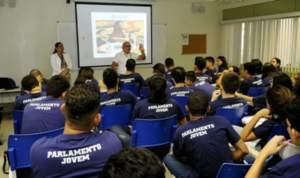 Assembleia presta contas de atuação em prol da comunidade estudantil