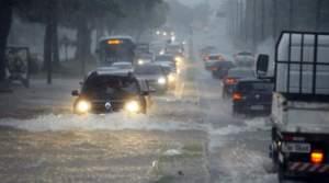 Chuva causa transtornos em vários pontos de Manaus