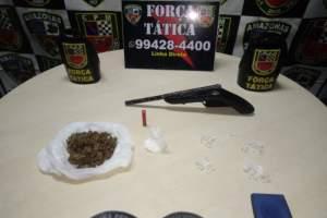 Força Tática detêm suspeito com drogas e arma de fogo na zona Centro-oeste