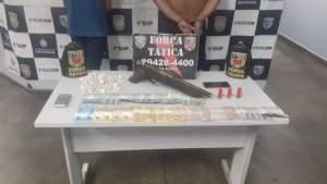 Força Tática detém suspeitos com arma e drogas na zona Sul