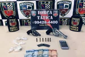 Força Tática detém suspeitos com armas e drogas na zona Sul