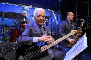 Morre aos 85 anos o músico Bira do sexteto do Jô