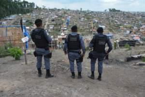 Operação na invasão Monte Horebe resulta na prisão de quatro homens