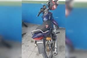 PM localiza por GPS suspeitos de roubo a motocicleta na zona Leste