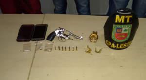 Polícia apreende adolescentes com drogas e arma de fogo no Coroado