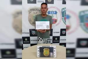 Polícia cumpre mandado de prisão por tráfico de drogas e prende o infrator em flagrante