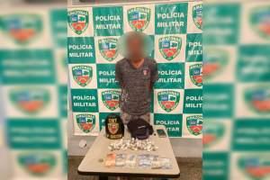 Polícia detém homem que estava vendendo drogas no bairro São José 2