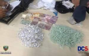 Polícia detém mulher suspeita de tráfico de drogas na Colônia Antônio Aleixo