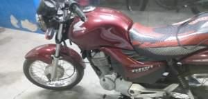 Polícia detém suspeito com motocicleta adulterada na zona Leste