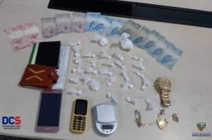 Polícia detém suspeitos com drogas no Valparaíso
