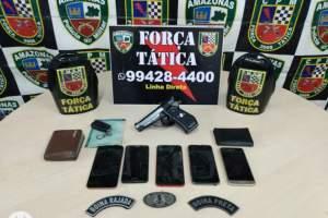 Polícia detém trio com celulares e simulacro de arma de fogo no São José