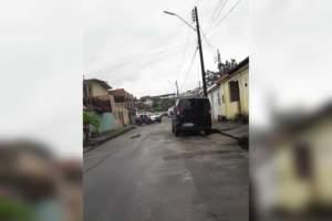 Polícia é acionada para verificar bolsa com granadas