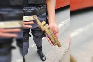 Polícia Militar detém dupla após assalto a ônibus na zona Norte