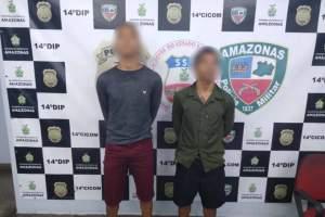 Polícia Militar detém dupla em motocicleta com restrição de roubo na zona Leste