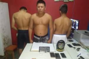 Policia militar faz apreensão de trio por tráfico de drogas em Urucurituba