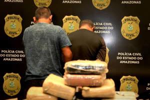 Polícia prende dupla com 40 quilos de skunk em embarcação vinda de Maraã