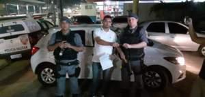 Policiais militares da 11ª Cicom detêm suspeito de roubo na zona Norte