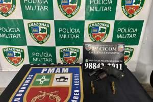 Policiais militares detêm homem com revólver na zona Leste