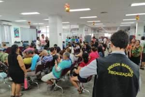 Procon Manaus autua três agências bancárias por desrespeito à Lei das Filas