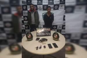 Rocam detêm dupla com arma de fogo e veículos roubados no Redenção