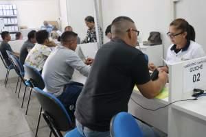 Setrab divulga 376 vagas de emprego para esta segunda-feira (12)